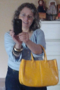 blue top yellow bag smile